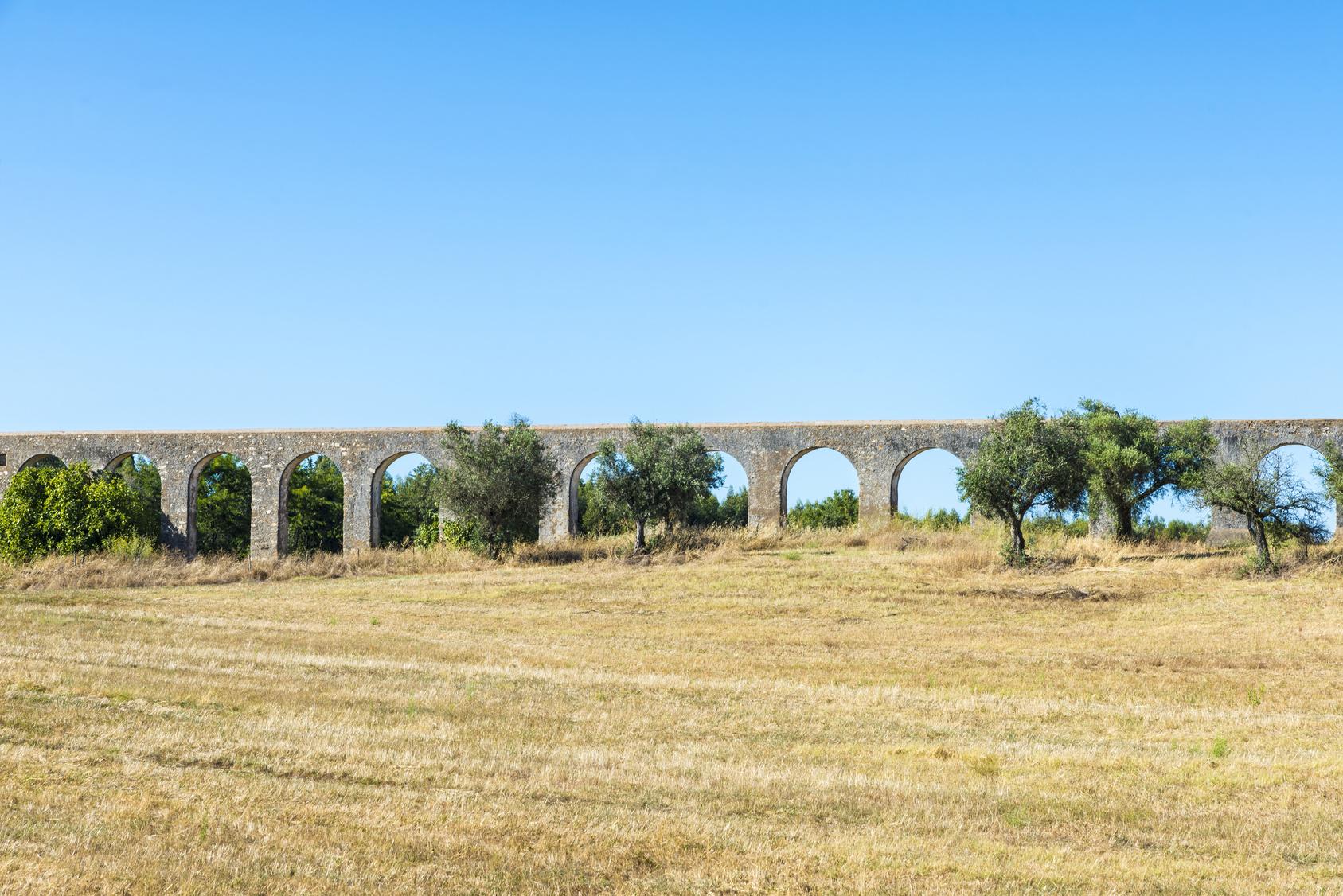 Roman aqueduct in Evora